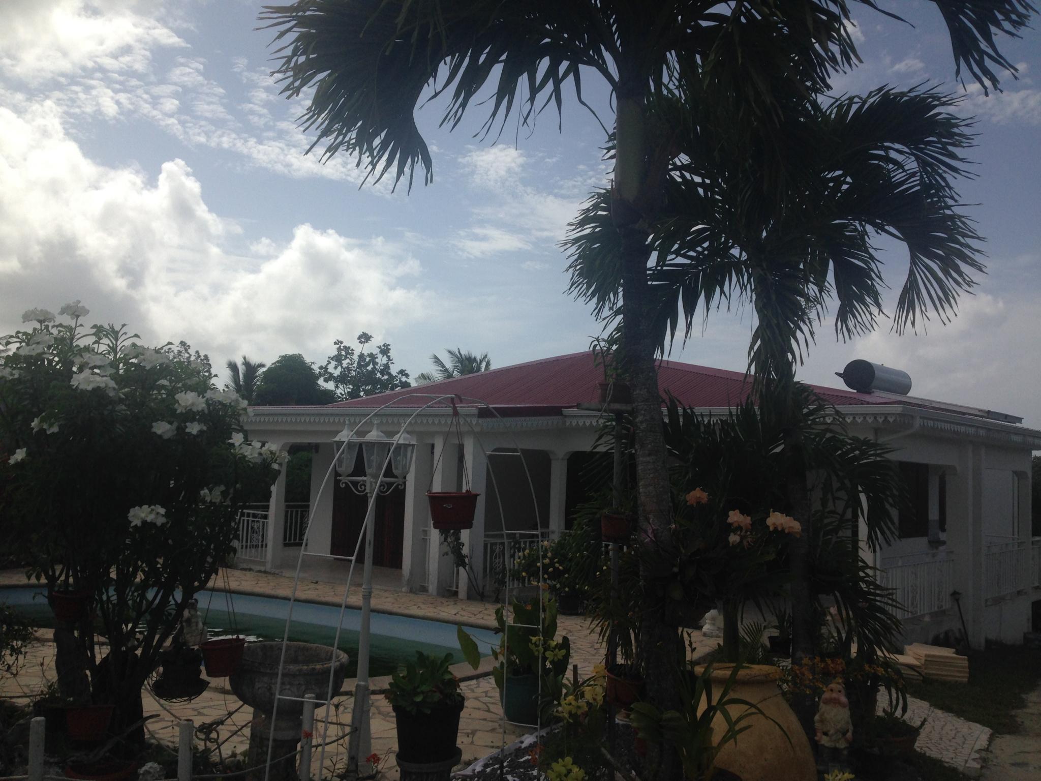 Location de vacances Villa Sainte anne 97180