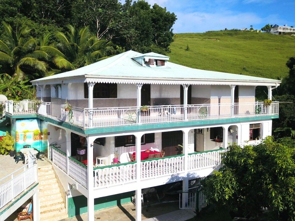 Location de vacances Villa Sainte rose 97115